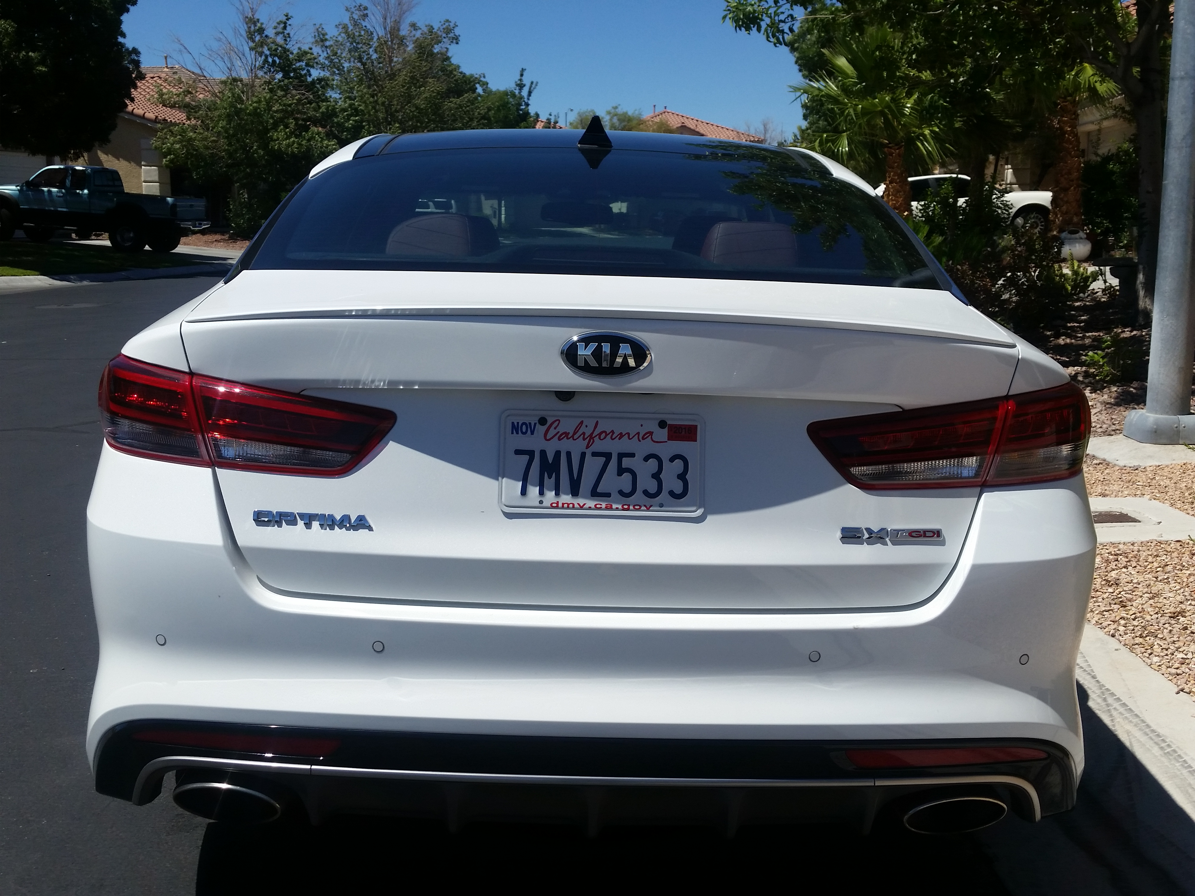 Kia Optima Turbo {Vehicle Review :: DriveShop}
